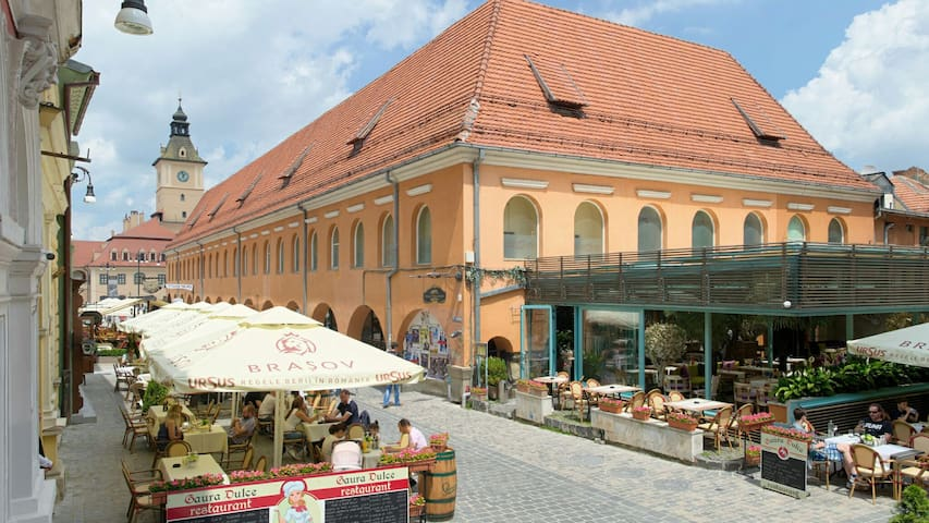 Amy's place- In the heart of Brasov