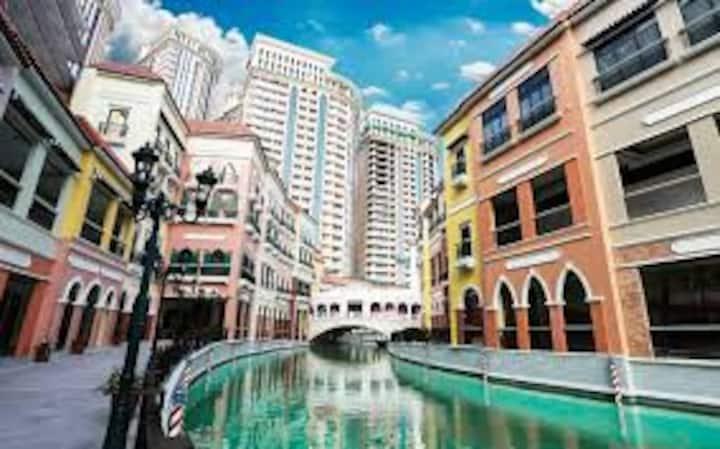 Luxury Venice condominium in  Mckinley Hills.