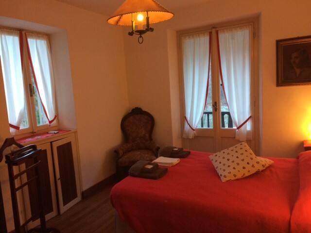 Camera Filippo al B&B La Villa Moretta - Balmuccia - Penzion (B&B)