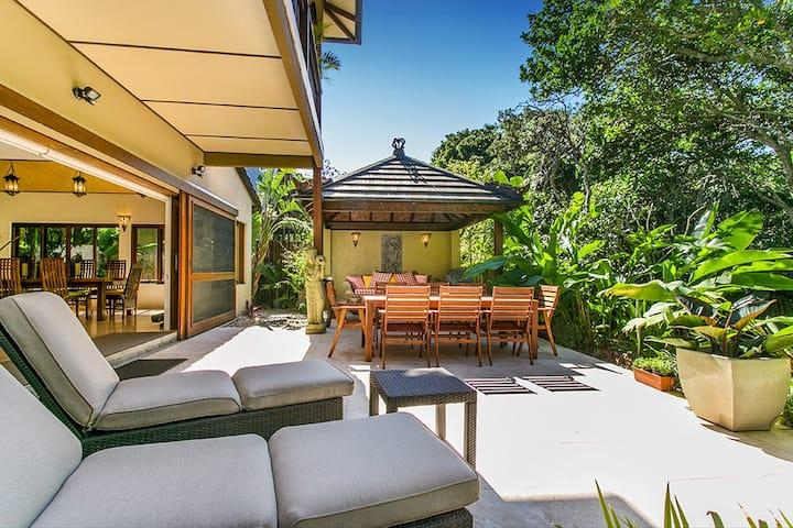 Aroha ~ Luxury Villa on Tallow Beach, Byron Bay.