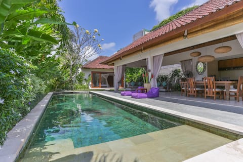 ♥AMAZING♥ 3Bdr Villa Walking Distance to the Beach