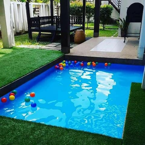 Semi-d private kids pool Kinrara Puchong 14+ pax