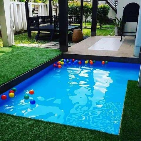 Semi-d private kids pool Kinrara Puchong 14+ pax
