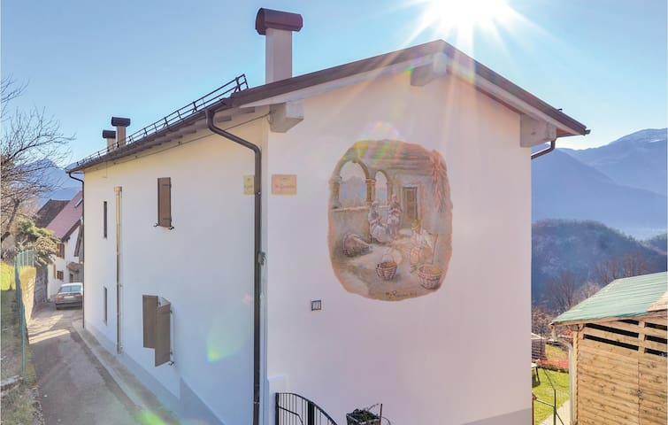 Semi-Detached with 2 bedrooms on 80m² in Lauco (UD)