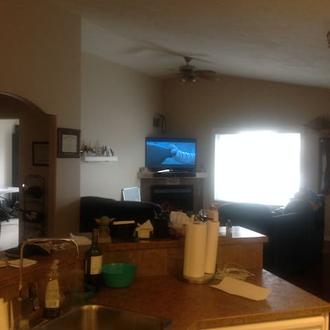 Bed and Breakfast close to Edmonton - Wetaskiwin - บ้าน