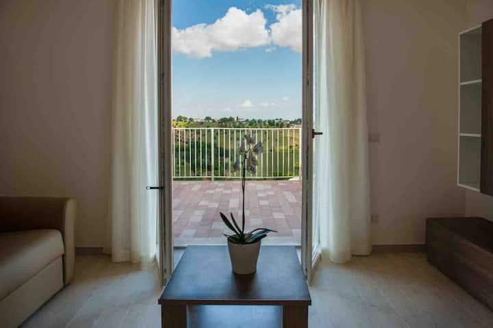 Trilocale Suite 4 con panorama Conero in campagna
