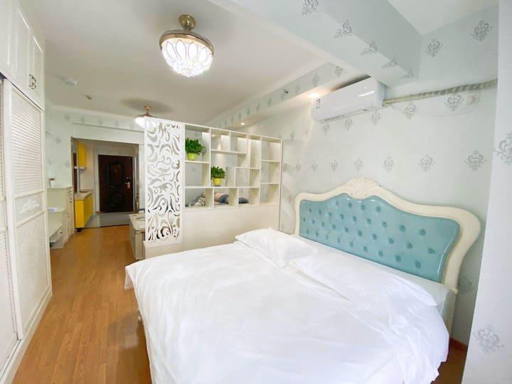 碧桂园城市广场楼上美式风格一居室