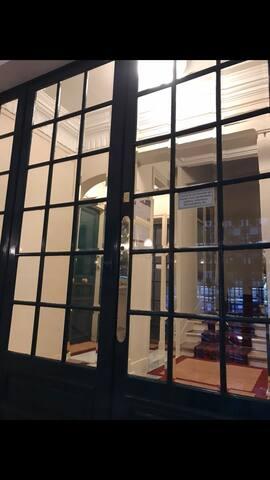 Bel appartement, 16ème arr. Avenue Mozart