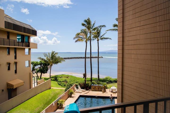 Maui Make Memories Here!New Remodel Prime Ocean Front! *Maalaea Yacht Marina 302*