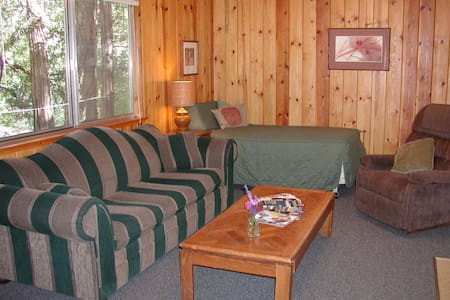 The Old Road Cabin - Cabin