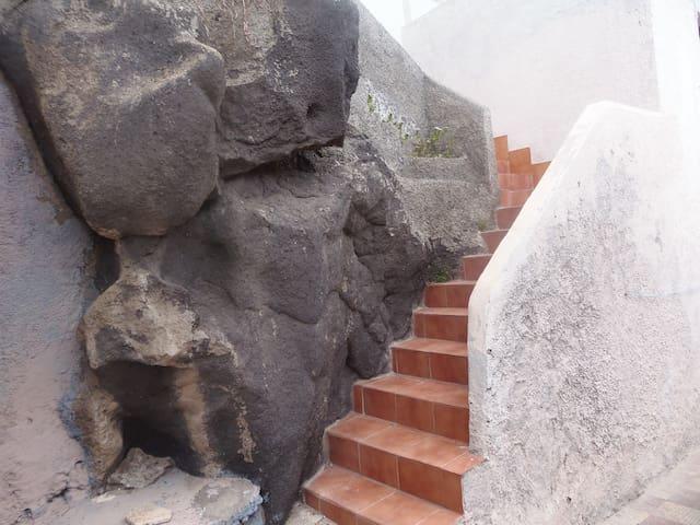 Bonito apartamento sólo 10 m del mar en Tenerife - Los Roques - Departamento
