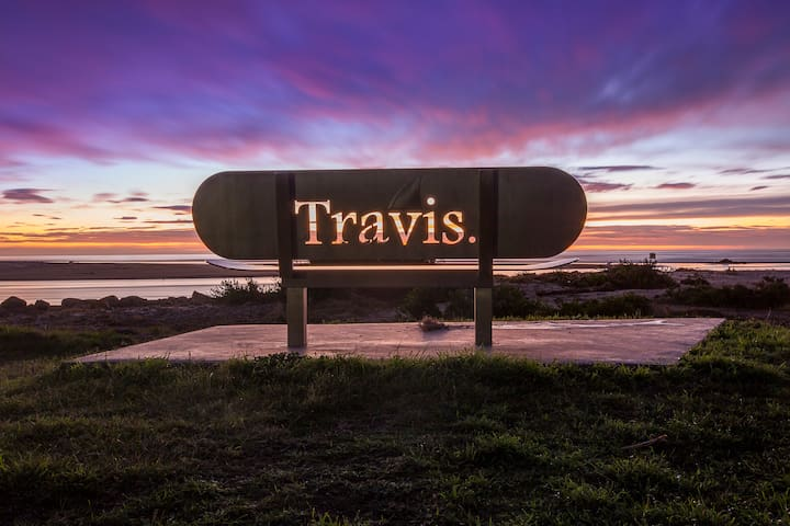 Travs Beach House - Scamander - House