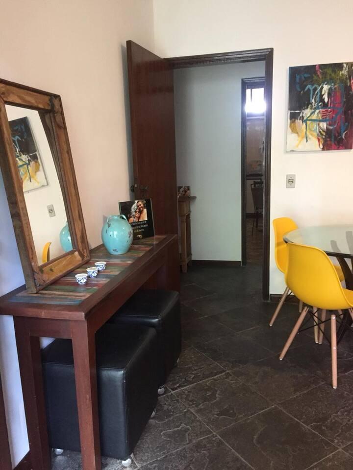 Linda Casa na Barra da Tijuca.