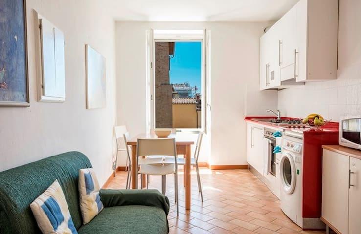 """GH Paradiso-Apartment """"A"""" -Central"""