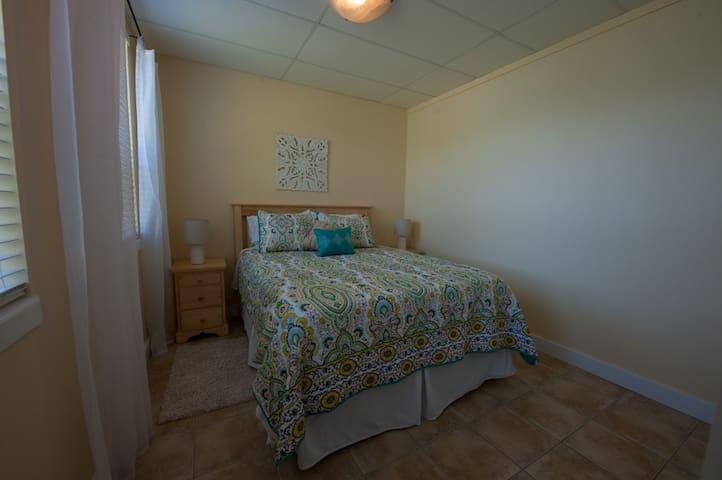 Bedroom #3 Queenbed