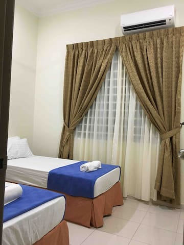 Third bedroom with aircond and 2 single bed