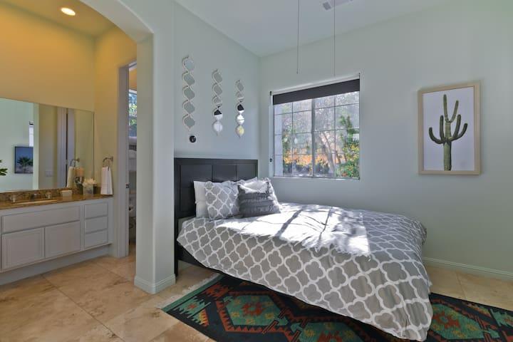 (Bedroom #3) Detached casita with queen bed.