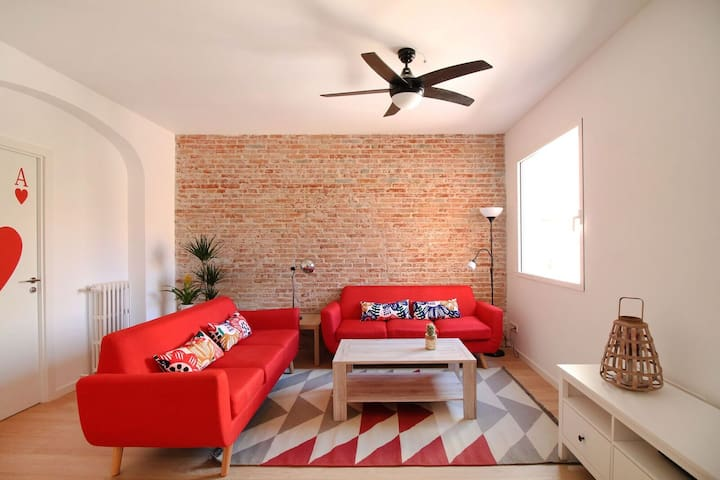 Enjoy Madrid in a newly renovated boutique house