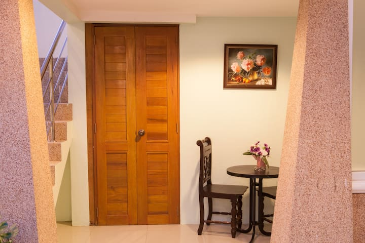Fahsai Bay Villa (Deluxe room)