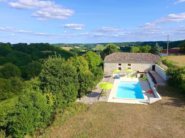 Carmes, Stunning Barn Conversion - Saint-Amans-du-Pech - Hus