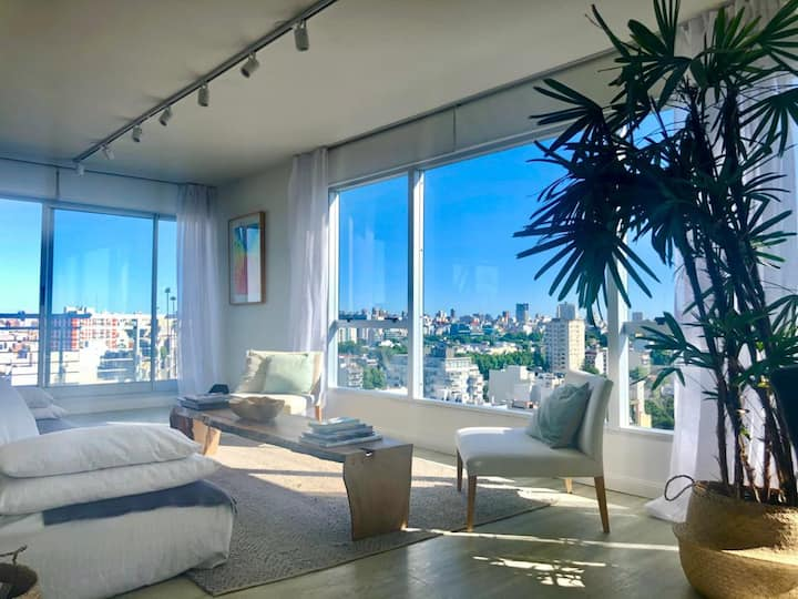 EXCLUSIVE PENTHOUSE WITH AMAZING VIEW IN PALERMO