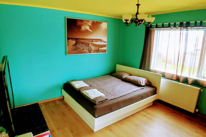 DBL BED ROOM 01* budget friendly/NO BREAKFAST incl