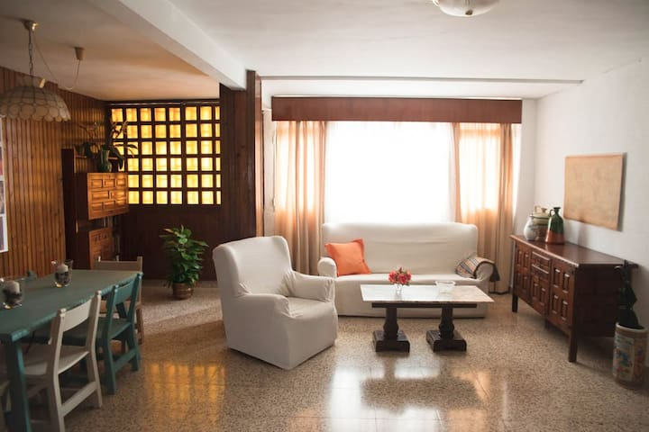 Casa junto al mar y mejor comunicada. VFT/MA/10404 - Málaga - Hus