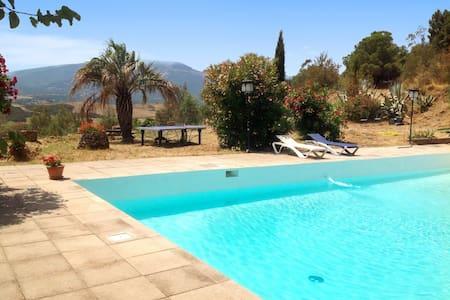 Villa in der Nähe von Argeles - Castelnou