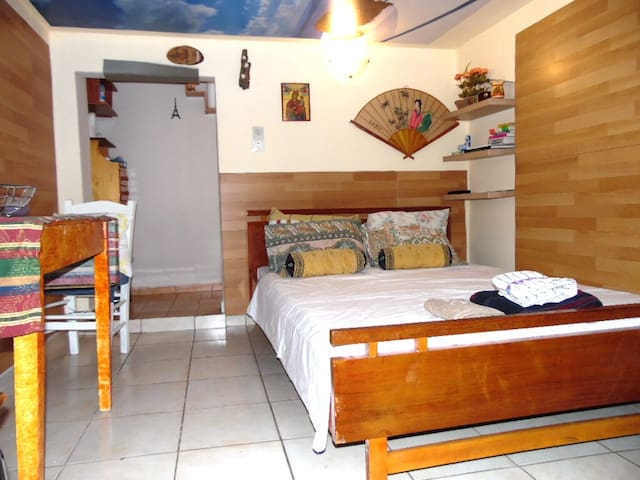 rooftop studio appartment flexible checkin-out - Athina - Appartement