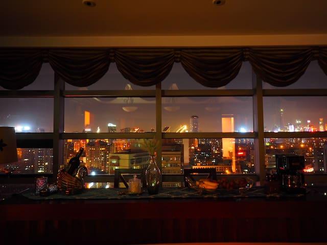 北京最顶级的观景房间,十星级体验,15分钟到三里屯\簋街,双浴室,烘干机,咖啡机【不允许聚会】