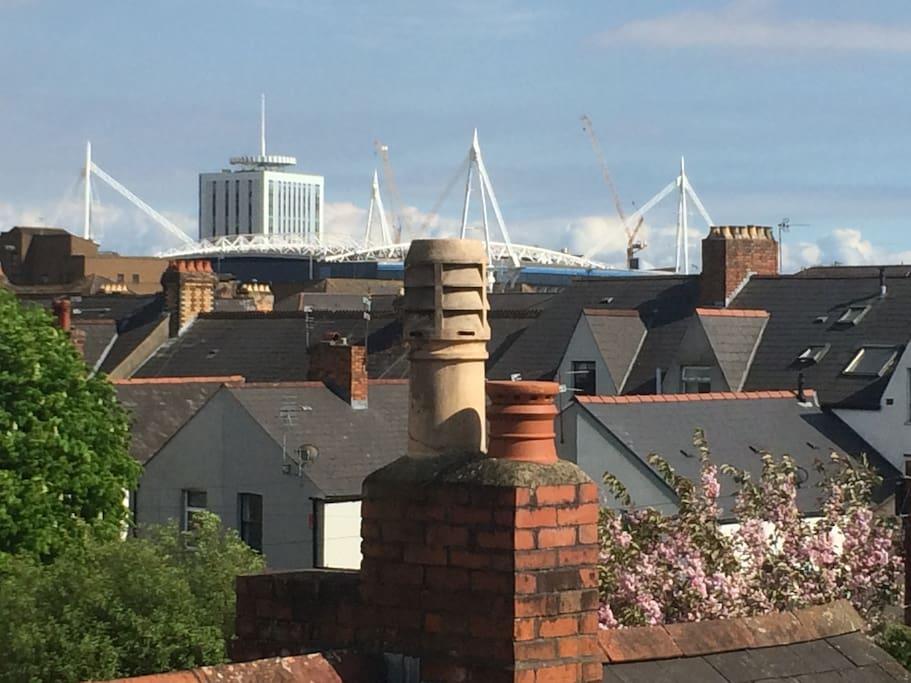 Short 10 min walk to Principality Stadium!! view from attic window