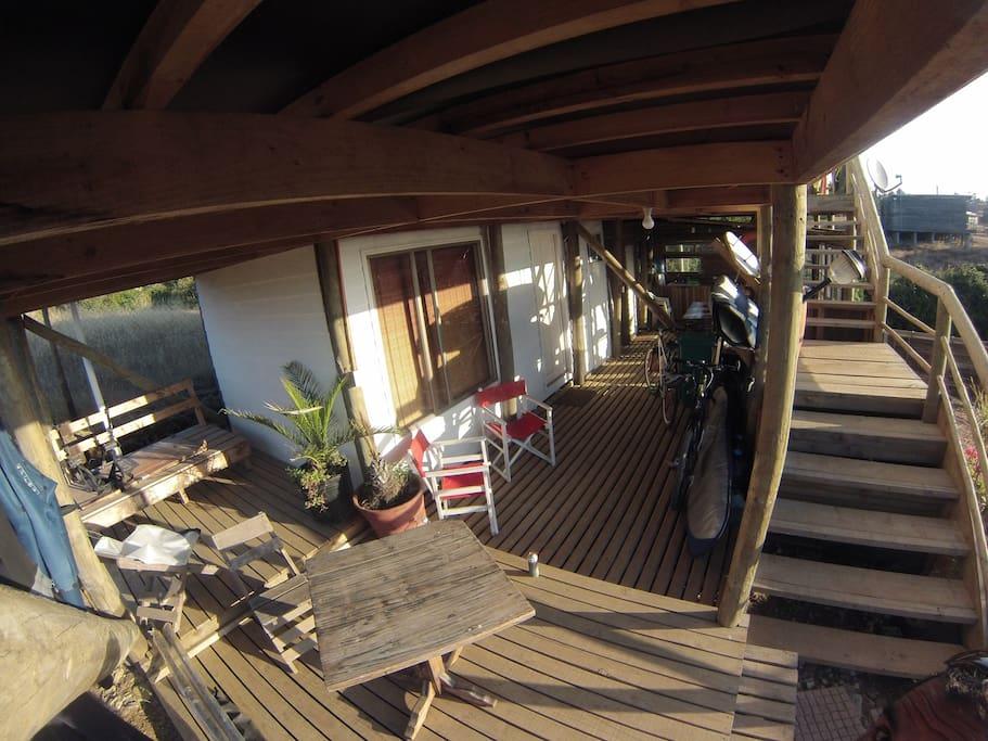 Habitaci n matrimonial vista al mar sill n cama for Sillon cama chile