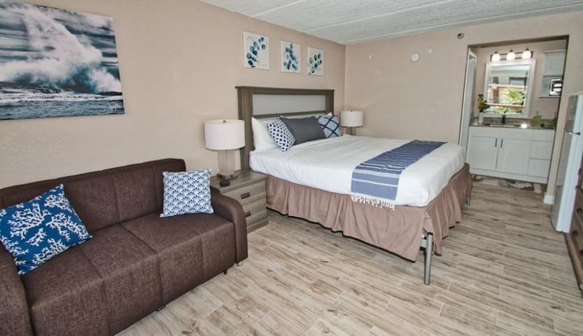 Kissimmee King Room Close to Theme Parks