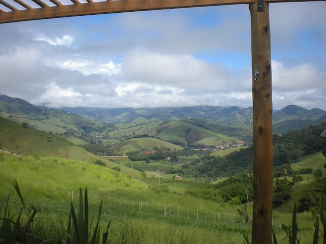 Chalé no Monjolinho - São Bento do Sapucaí - Chalet