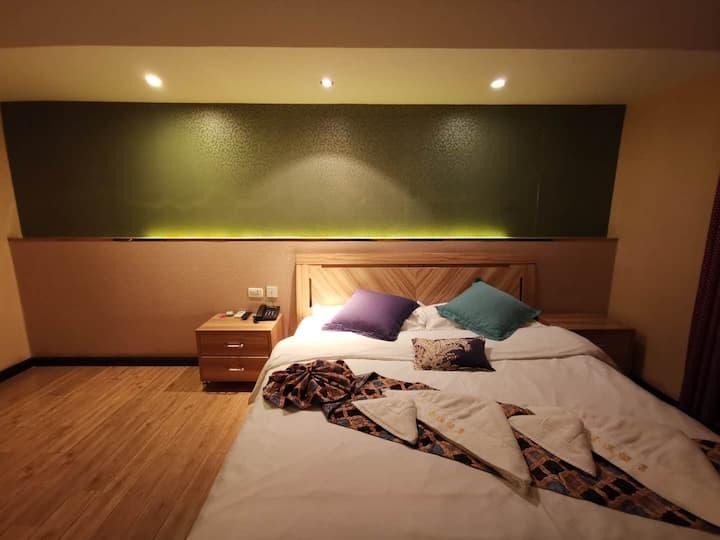 舒适大床房(带空调)