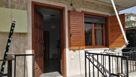 Διαμέρισμα εξοχικό στα Ασπρα Σπίτια Διστόμου