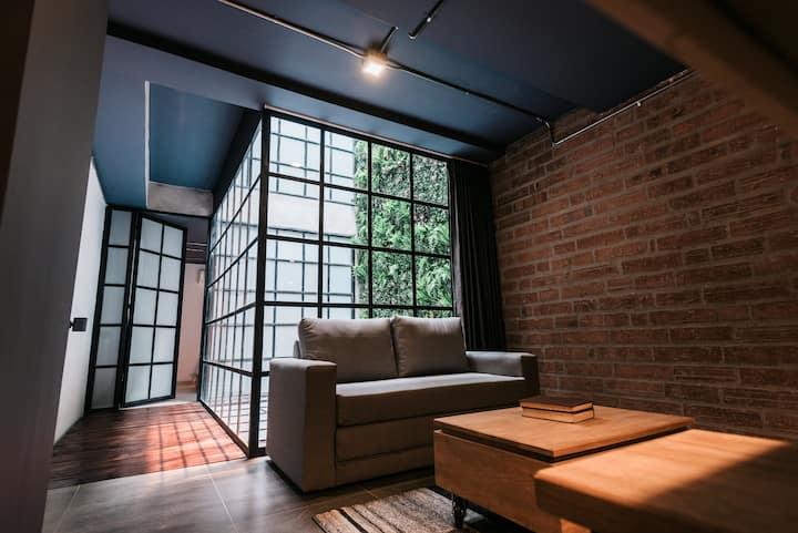 Private apartment Lleras Park 202