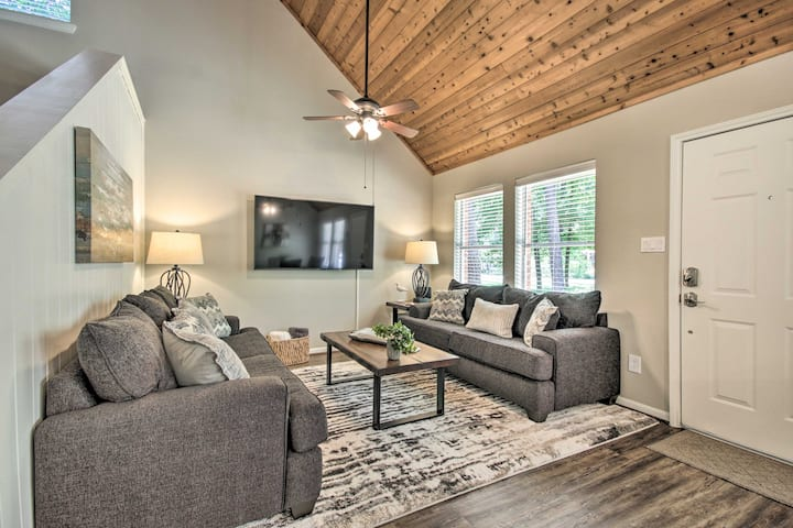 NEW! Modern Home with Deck Near Fishing & Boating!