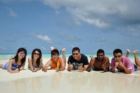 Beach Lovers at Equator Beach Inn - Bed & Breakfast