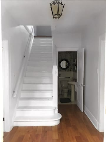 Full staircase to the second floor.