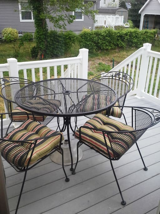 Deck, for outdoor leisure.