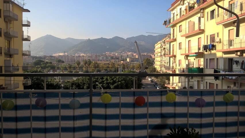 Bright double room in Salerno city centre.