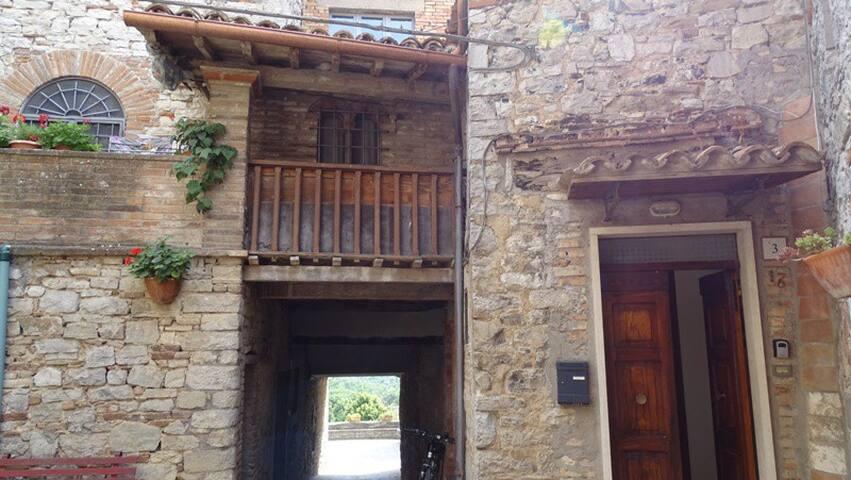 Brunetta's  house
