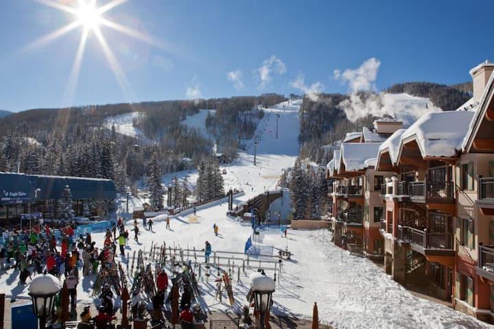 41 Sec. Walk to Ski Lifts!Direct Slopes&Mntn View!