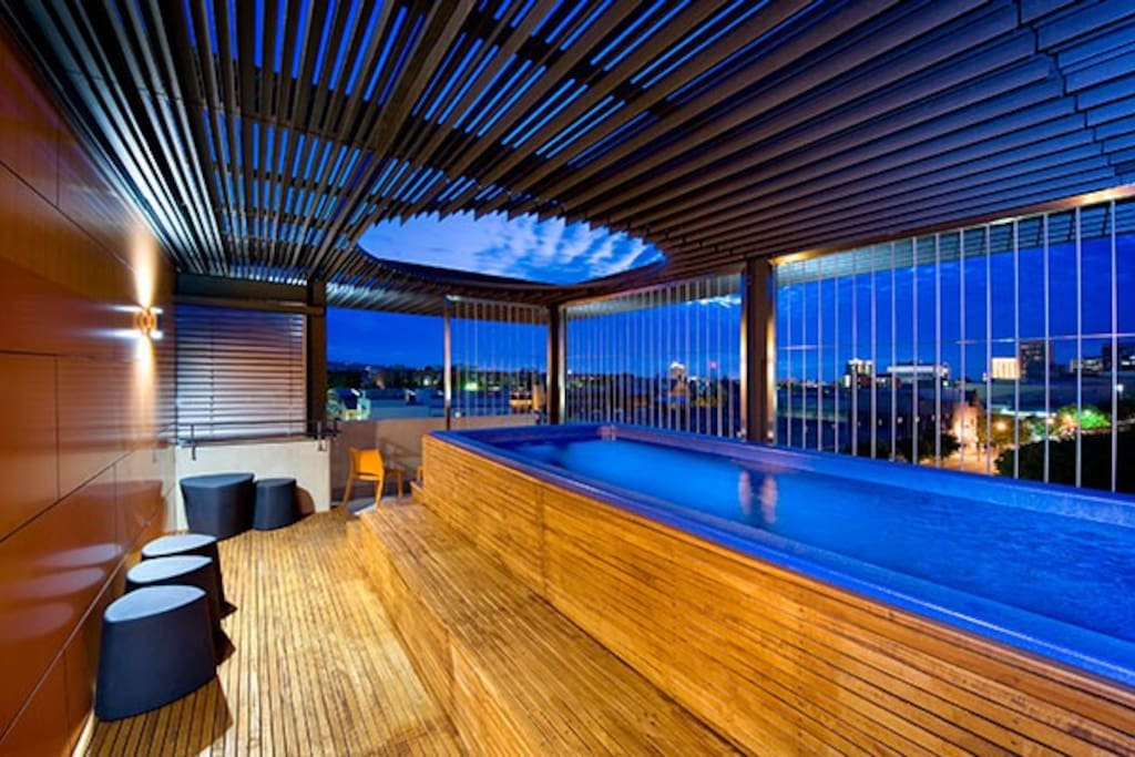 Heated Rooftop  Swimming Pool