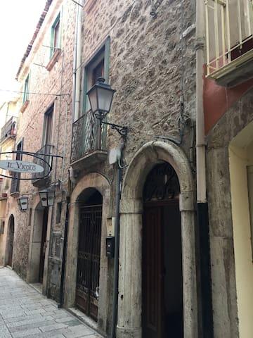 Appartamento nel centro storico - Isernia - Appartement