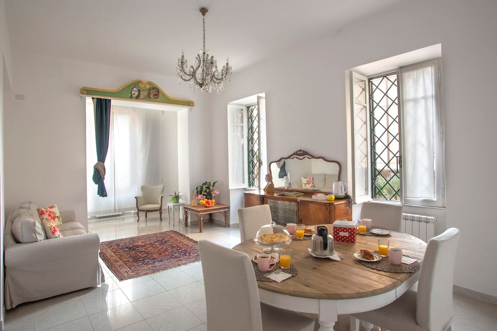 Guest house equilibri 39 apartments for rent in lido di for Interno 1 ostia