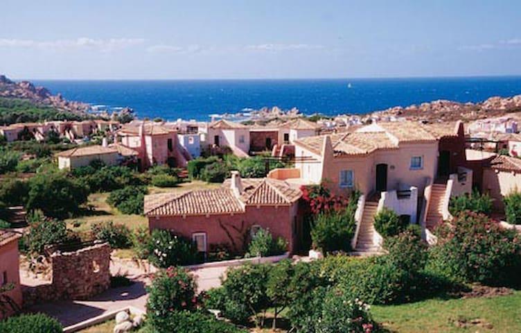 Sardegna-Calarossa, spiaggia di li Canneddi (OT)