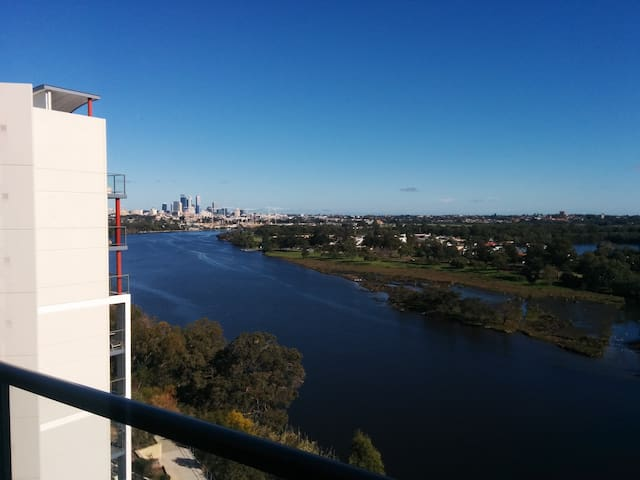 Swan River 8th floor apartment - Rivervale - Apartment
