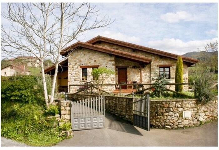 Casa Los Samaleos (Casa Martina)
